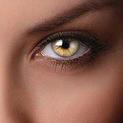 Radial Zoom Enhanced Eyes Effect In Photoshop