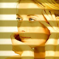 Casting Light Through Window Blinds In Photoshop