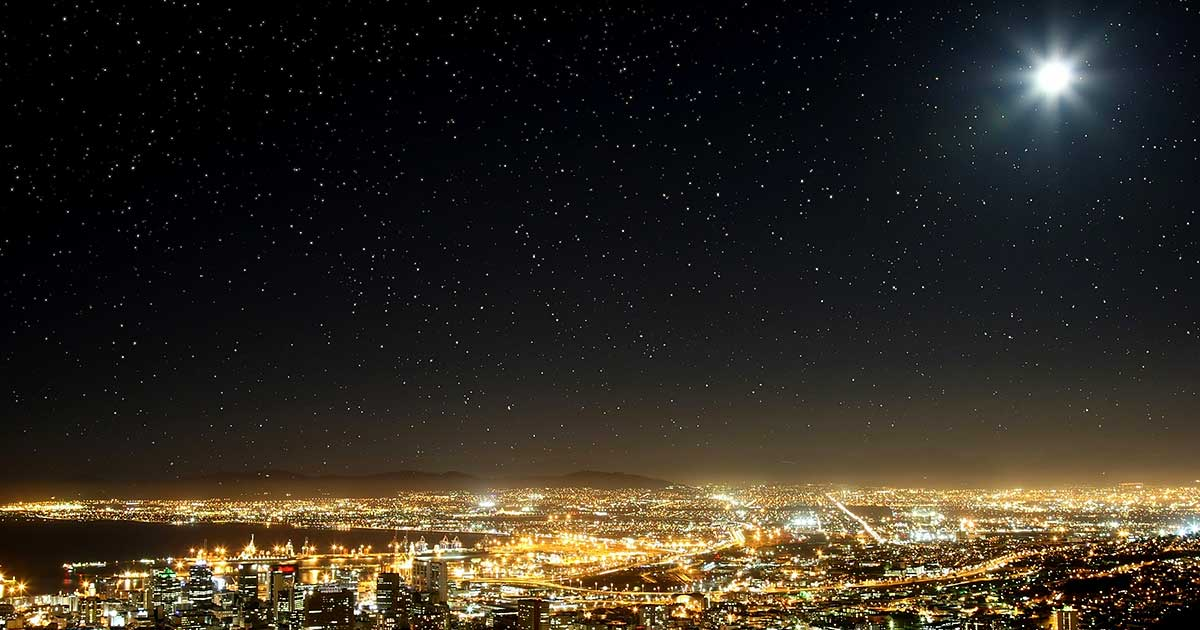 Create A Starry Night Sky In Photoshop